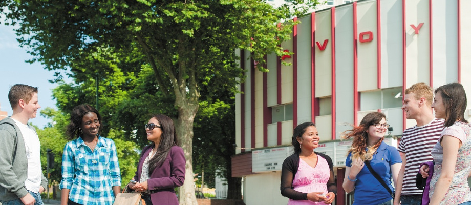 Undergraduate and postgraduate students going to the cinema, Nottingham city centre 920x400