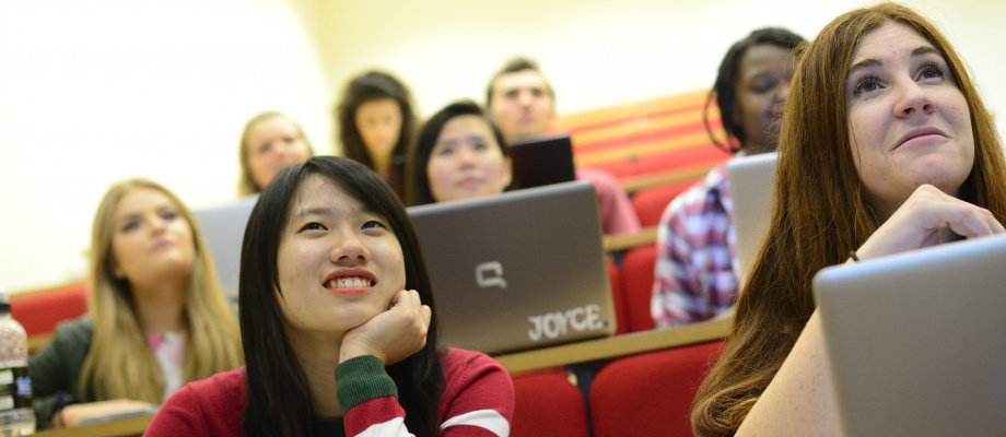 Undergraduate students attending a lecture in Sir Cliver Granger Building - University Park